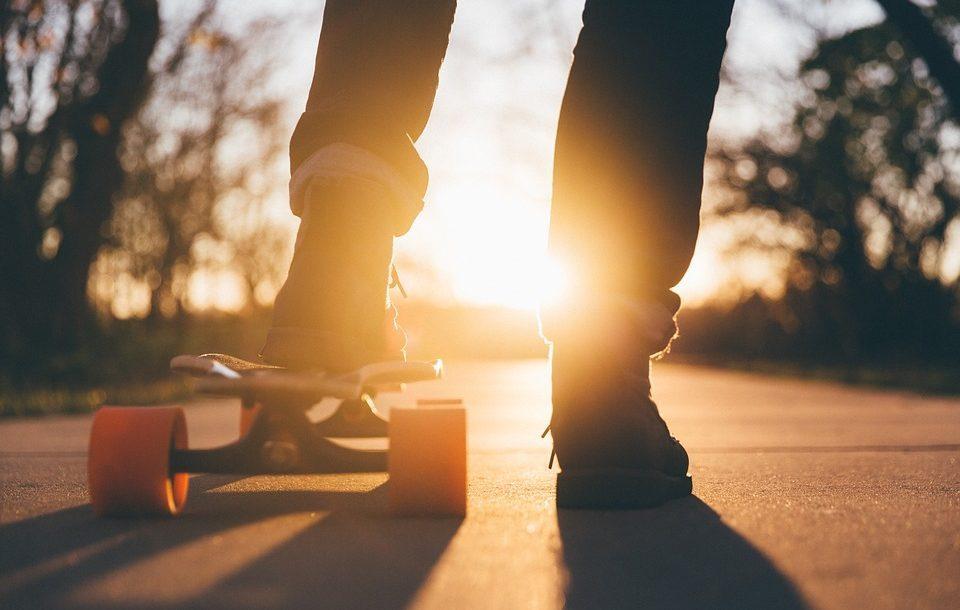 مرحلة المراهقة - دليلك لفهم ابنك المراهق وكيفية التعامل معه